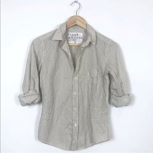 FRANK & EILEEN 'BARRY' BUTTON DOWN SHIRT, SIZE XS